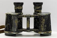 Binoculars_flickr_385634700_82e34fa