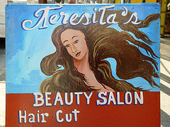 Beauty_salon_269044687_6fd98d160a_m