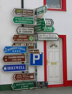 Direction_sign_colorful_1